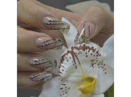Арочное и салонное укрепление ногтей жестким гелем