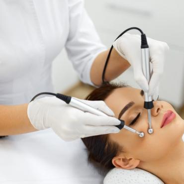 Профессиональный семинар «Микротоковая терапия» для косметологов от Линии Красоты